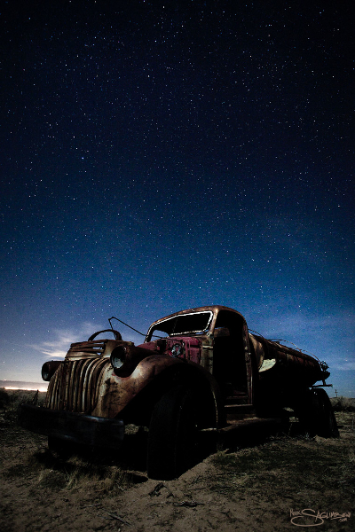 ultimate-graveyard-nick-saglimbeni-night-truck-stars